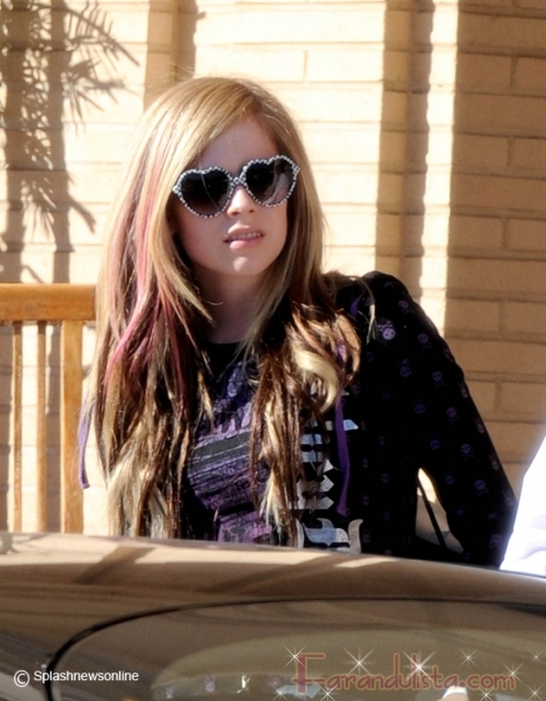 Los lentes de Avril Lavigne - Hot o WTF?
