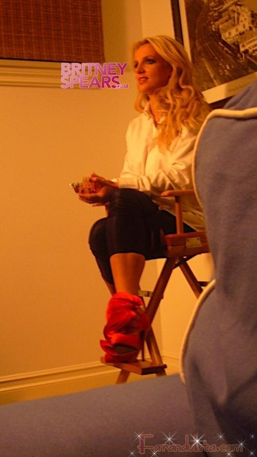 Britney en el behind the scenes de su nuevo video If U Seek Amy