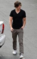 Zac Efron y Danielle Panabaker se citan en Hugos L.A