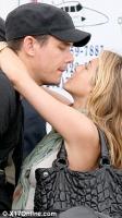 Que esta mal en esta foto? Jennifer Aniston y John Mayer