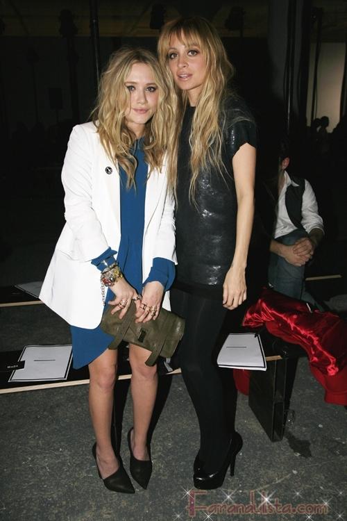 Mary K Olsen y Nicole Richie Fashion Girls Bites & Gossip Links!