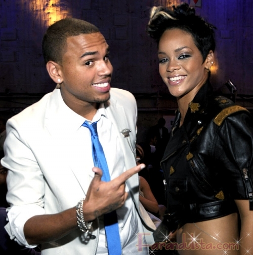 Rihanna cancela Tour luego del altercado con Chris Brown - Links
