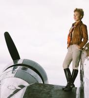 Lindsay Lohan posa Like a Virgin (HA!) para Glamour