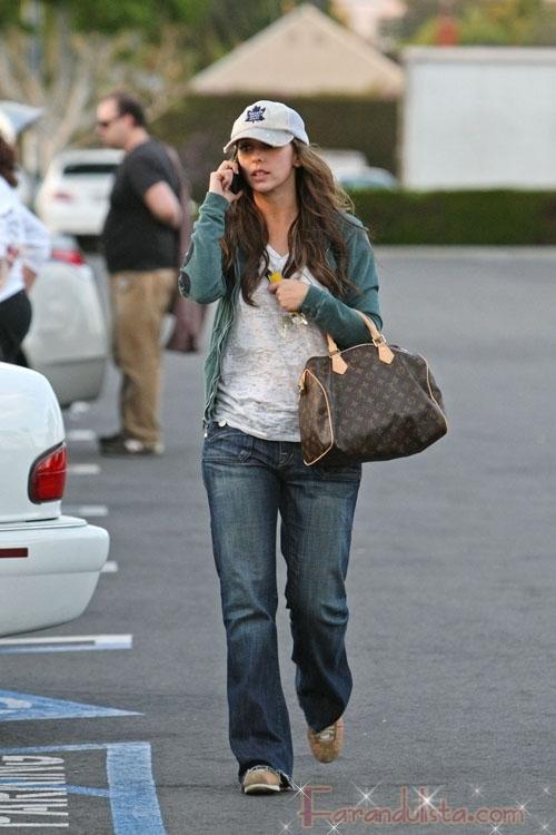 Jennifer Love Hewitt esta saliendo con su co star Jamie Kennedy