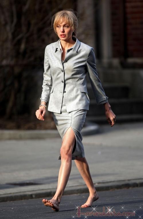 Angelina Jolie tiene a todos preocupados en el set de Salt