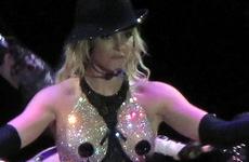 Britney: el vestuario del Tour es apto para niños – Hot Links!