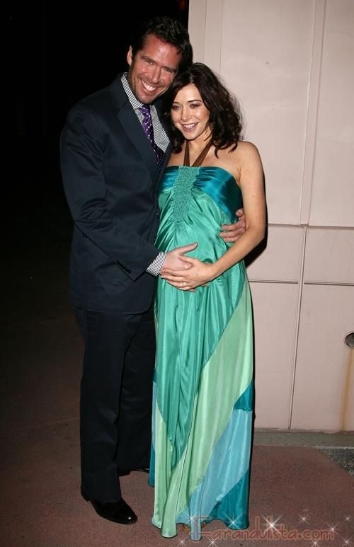 HIMYM Alyson Hannigan dio a luz a una bebita!