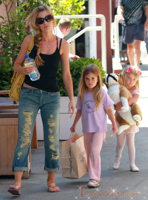 Los tesoros de Denise Richards - Gossip Links!