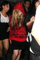 Avril Lavigne en la promo de su fragancia Black Star