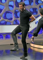 Hugh Jackman se presenta en programa El Hormiguero