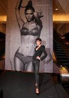 Victoria Beckham para Armani Otoño/Invierno 2009/10