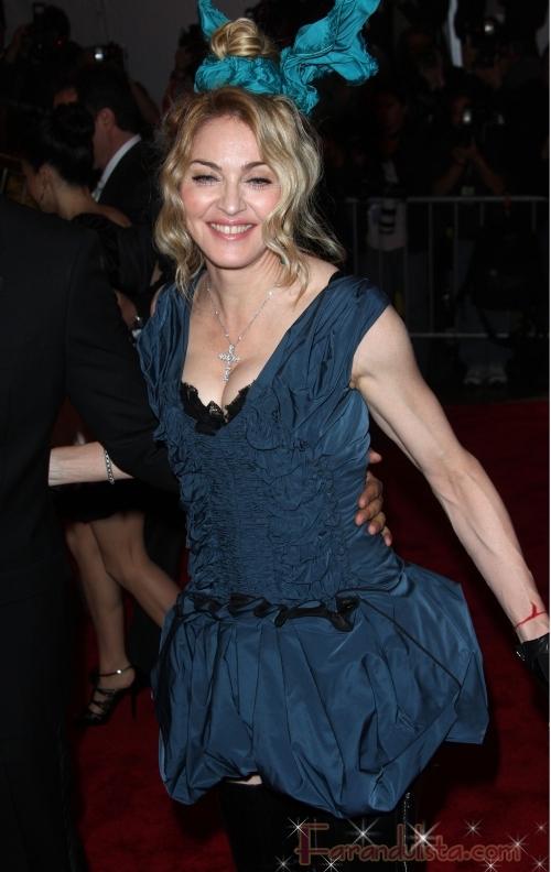 Madonna en el 2009 MET Costume Gala ... OMG!!! WTF?