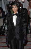 Rihanna en el 2009 MET Costume Gala... Blah