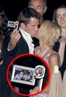 Paris Hilton y su novio se filman ellos mismos besandose