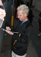 Gwen Stefani y No Doubt saludan a los fans en Hollywood