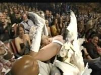 Paris Hilton era la victima de Bruno en los MTV MA