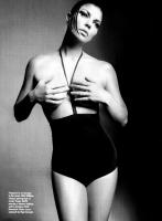 Fergie topless para Allure [Julio 2009]