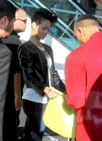 Ridiculos Hairstyles: Rihanna y su cabello