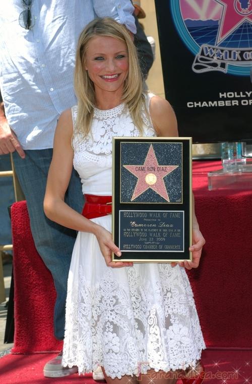 Cameron Diaz recibe su estrella en el Paseo de La fama