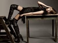 Miley Cyrus mas madura en Elle magazine (Agosto 2009)