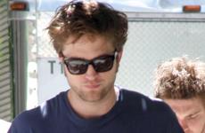 Robert Pattinson quiere volver a Londres porque esta harto de las fans