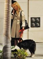 Jessica Alba luciendo adorable en el set de Valentine's Day