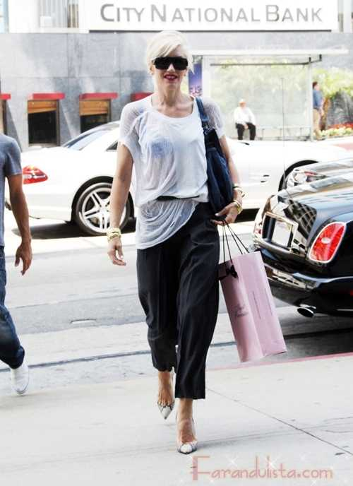 Gwen Stefani puede vestir lo que quiera...