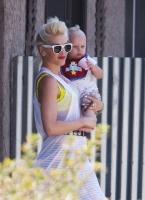 Gwen Stefani y baby Zuma... awwww adorable!