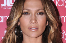 Jennifer Lopez celebra su linea de ropa Yamamay