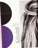 Shakira posa sexy para Latina magazine [Sept 2009]