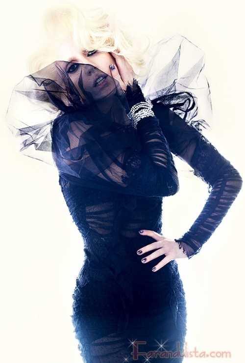 Lady Gaga aparece en Vogue UK