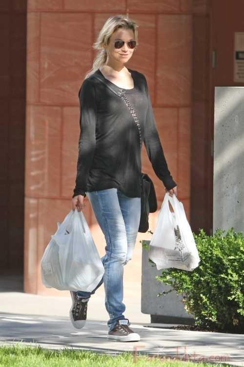 Renee Zellweger no engordara para Bridget Jones 3