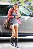 Miley Cyrus admite que sus fotos son retocadas