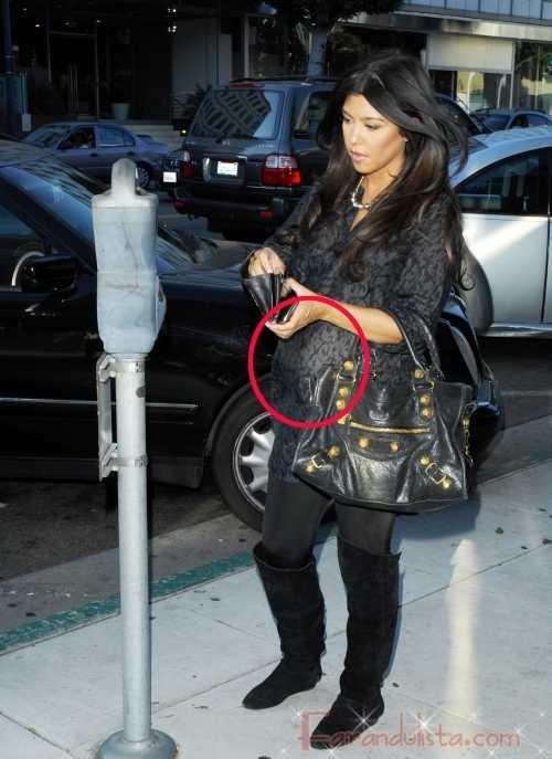 Kim y Kourtney Kardashian buscando anillos de boda para Khloe??