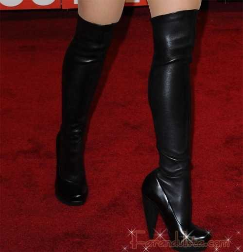 Pink y Shakira llevaron el mismo vestido a los VMAs 2009