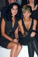 Rihanna en el RTW Karl Lagerfeld Primavera Verano 2010