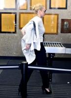 Lindsay Lohan escapa de los problemas otra vez