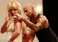 3 de Britney 1 en Billboard - Imagenes del video