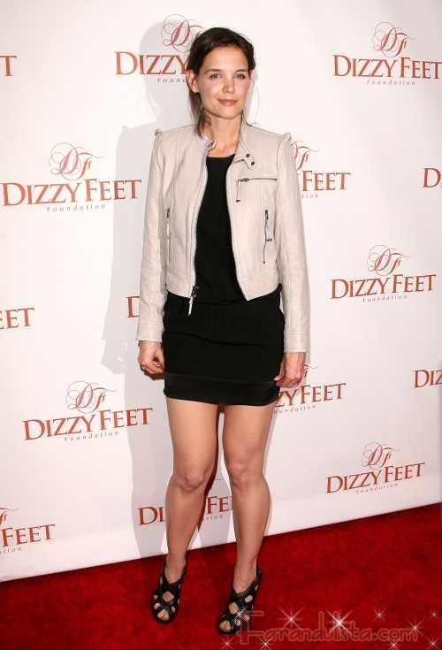 Katie Holmes y su look en el Dizzy Feet Foundation
