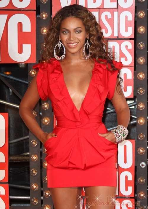 Nominaciones al Grammy 2010 - Beyonce 10, Taylor Swift 8