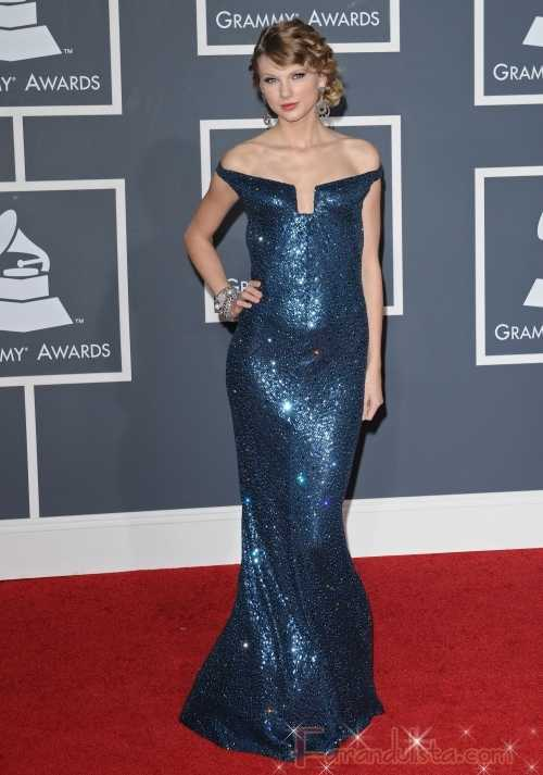 Taylor Swift en los Grammy 2010 - Red Carpet