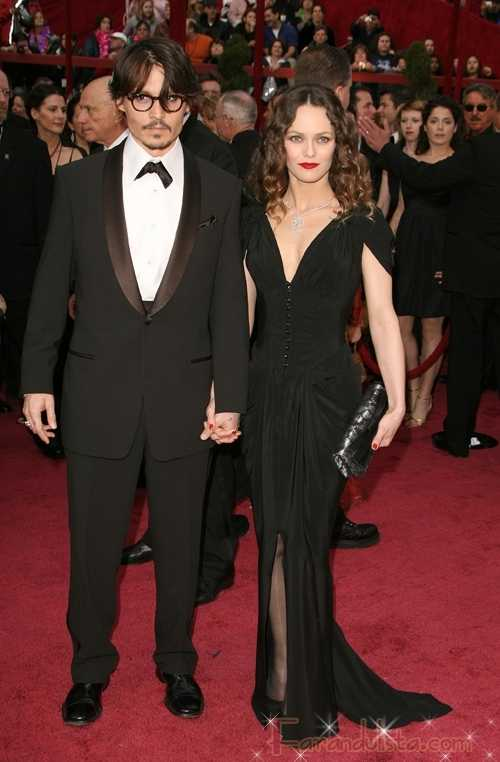 Johnny Depp huele mal... OMG!  - Gossip Gossip!