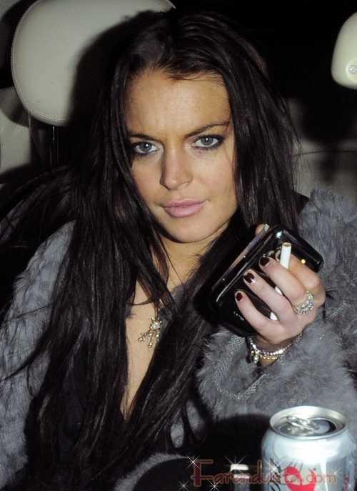 Lindsay Lohan y Samantha Ronson se pelean en un nightclub