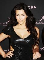 Kim Kardashian presenta su nueva fragancia en Sephora NYC