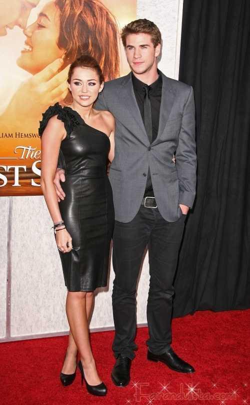Miley Cyrus y Liam Hemsworth: The Last Song Premier en Hollywood