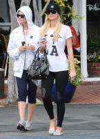 Paris Hilton de compras en Fred Segal