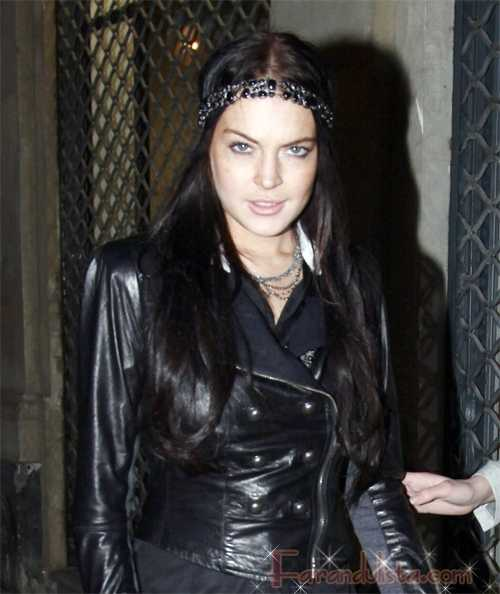 Lindsay Lohan ya no trabaja para Ungaro...