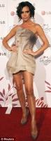 El nuevo look ondulado de Victoria Beckham - HOT or Blah?