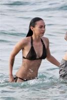 Megan Fox HOT HOT en Bikini en Hawaii