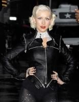 Christina Aguilera revela que le atraen las mujeres - Company Magazine